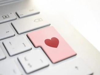 Flirten im digitalen Zeitalter - Die Chance auf die große Liebe?