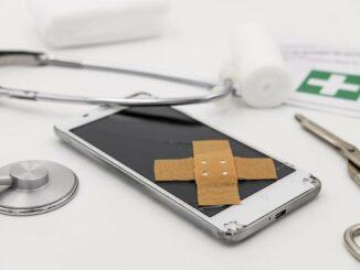 Smartphone defekt? - Eine Reparatur schafft schnell Abhilfe!