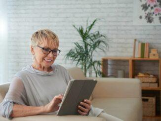 In der Pandemie setzen mehr Senioren auf Gesundheits-Apps