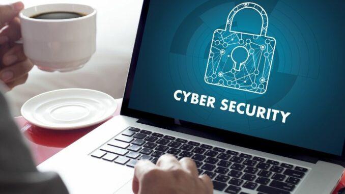 Digitalbarometer 2020: Trotz Gefahren, nur jeder Zehnte ergreift Schutzmaßnahmen