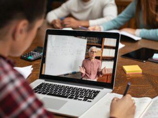 Bitkom startet Smart-School-Wettbewerb 2021