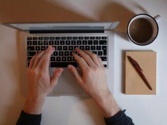 Mit diesen 3 Gadgets schützt du deinen Computer vor verschüttetem Kaffee!