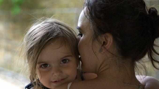 Singlebörse für Alleinerziehende - So geht Partnersuche mit Kind