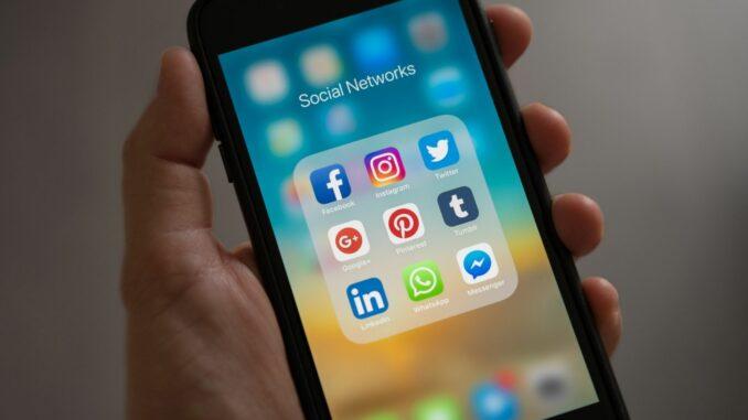 Facebook im Wandel: Hat die Social-Media-Plattform ausgedient?