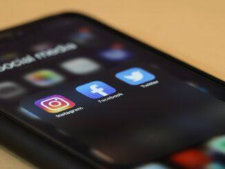 Beziehung im 21. Jahrhundert: Wird Social Media zur Gefahr?