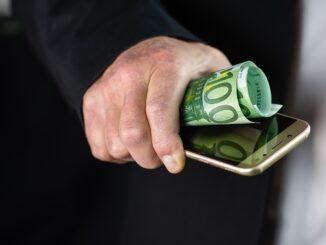 Geld verdienen im Internet: Wie ein echter Profi spielen?