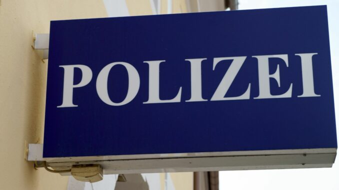 LfD Niedersachsen beanstandet Polizei-Messenger NIMes wegen Einsatz auf privaten Geräten