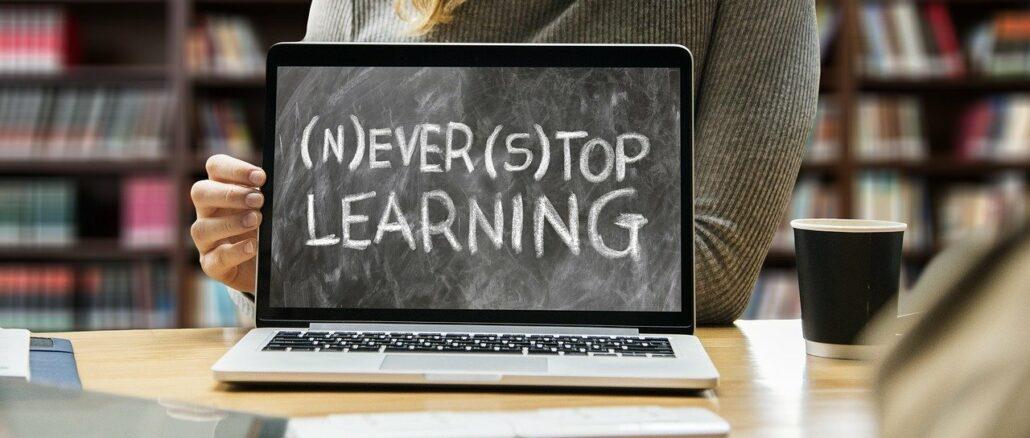 Sich online fortbilden - Studium per Internet