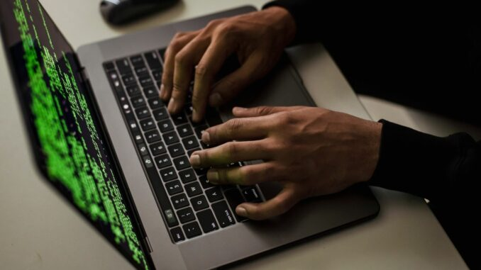 Büro-Rückkehrende als Ziel für Cyber-Kriminelle: Wie sich Beschäftigte und Unternehmen schützen können